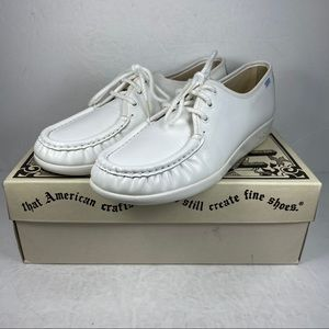 SAS Siesta White Leather Comfort Lace Up Shoes